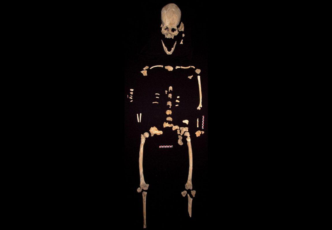 esqueleto de una mujer1